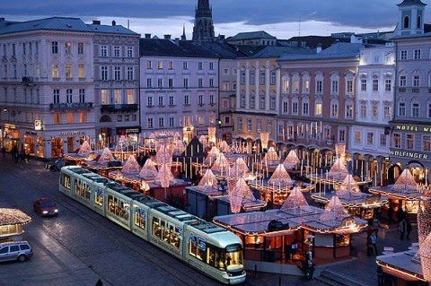 Linz provides ample opportunties for exploration at all times of the year. Photo courtesy of the City of Linz.