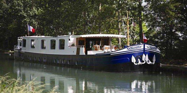 European-Waterways-Amaryllis-Barge-e1344699652754.jpg