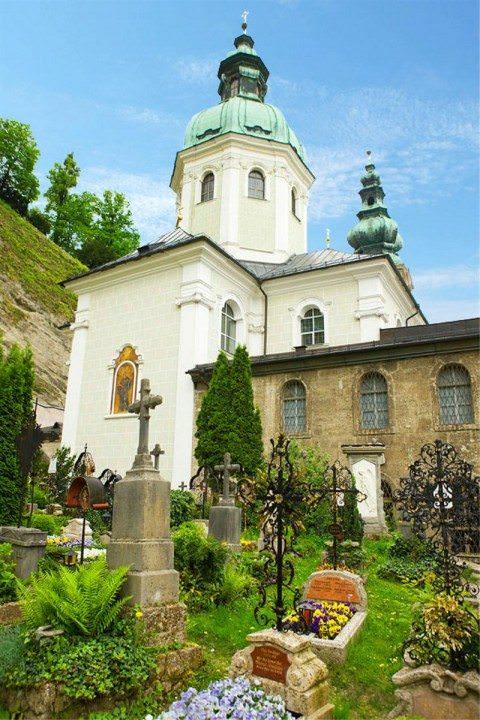 ImageLibrary_PR_UW_Danube_Salzburg_596-480x720.jpg