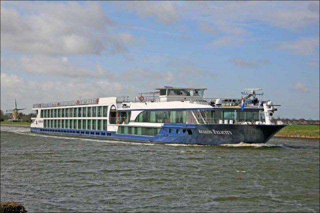 Avalon Felicity in Holland. Photo courtesy of Avalon Waterways.
