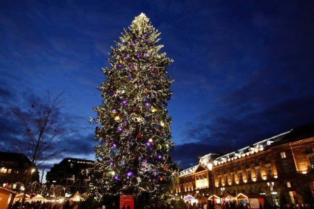 Can you still get deals on this year's Christmas Markets river cruises in Europe? Yes and yes. Photo courtesy of Tourism Strasbourg.