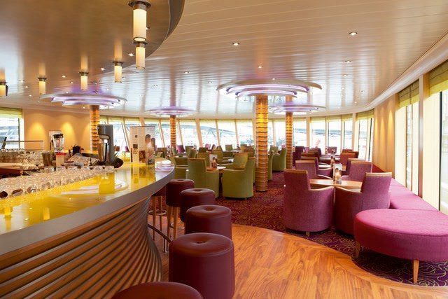 The attractive main Lounge aboard A-ROSA SILVA. Photo courtesy of A-ROSA.