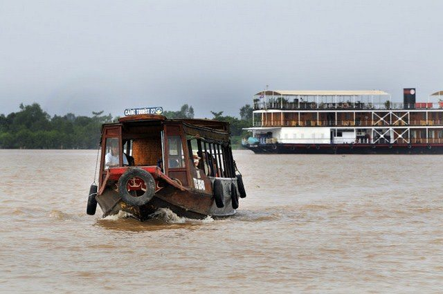The Pandaw Experience extends to on-shore activities. Photo courtesy of Pandaw Cruises.