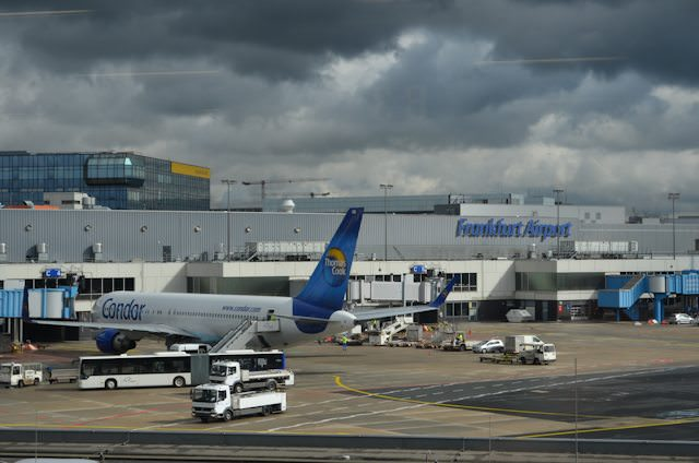 Did you know Frankfurt Airport has a dedicated roofside terrace? It does! Photo © Aaron Saunders