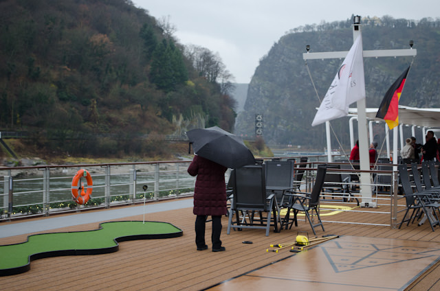 Guests braved cool temperatures and rain to take in this amazing feat of navigation from the upper Sun Deck aboard Viking Baldur. Photo © 2013 Aaron Saunders