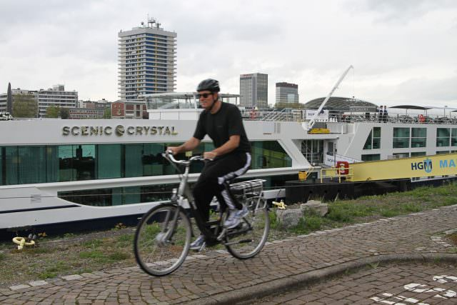 Rhine River Cruises, bicycling