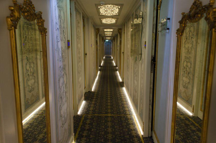 Corridor, Bavarian Deck, facing aft. Photo © 2015 Aaron Saunders