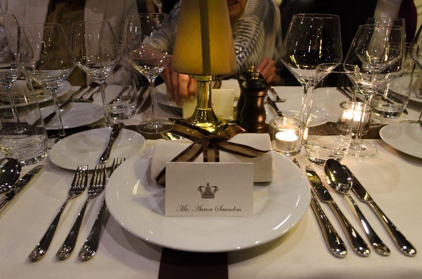 It must be dinner! Until tomorrow... Photo © 2015 Aaron Saunders