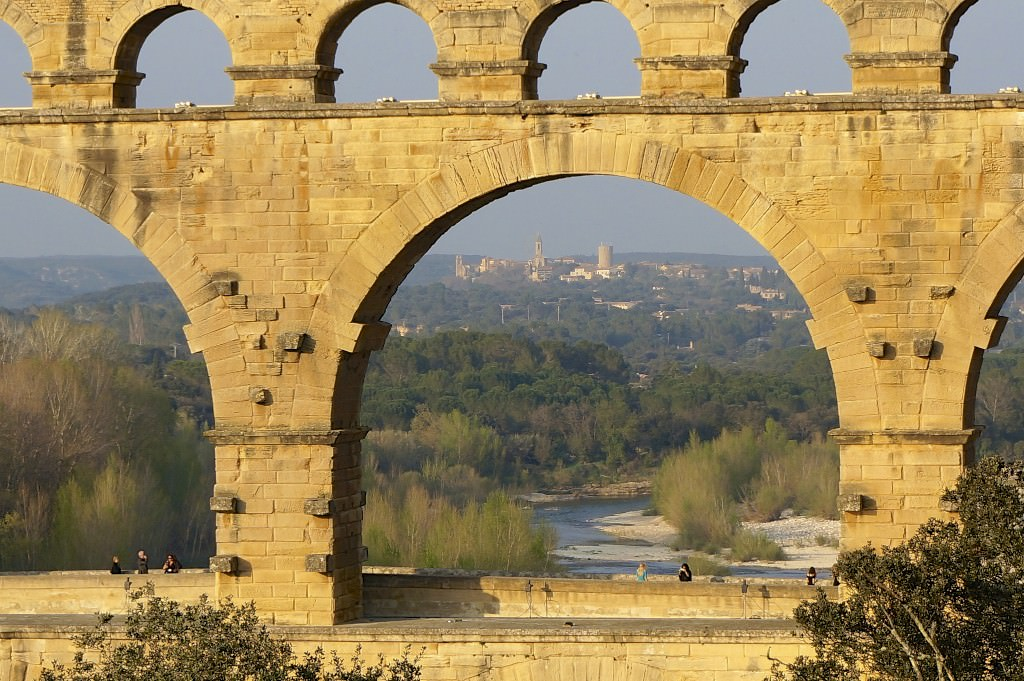 Pont du gard a must see for Pont du gard architecte