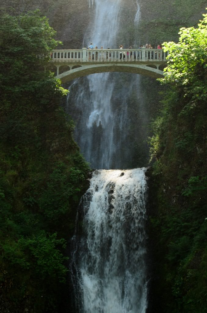 On-tour at Multnomah Falls, Washington. Photo © 2015 Aaron Saunders