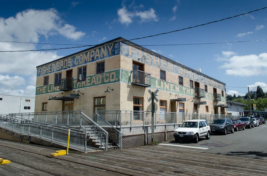"""Astoria also boasts a lot of really cool """"character"""" buildings. Photo © 2015 Aaron Saunders"""