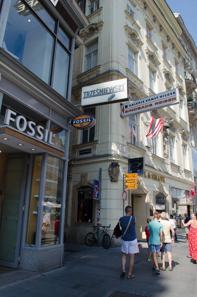 To get to Cafe Hawelka: turn left here, at the Fossil store. Photo © 2015 Aaron Saunders