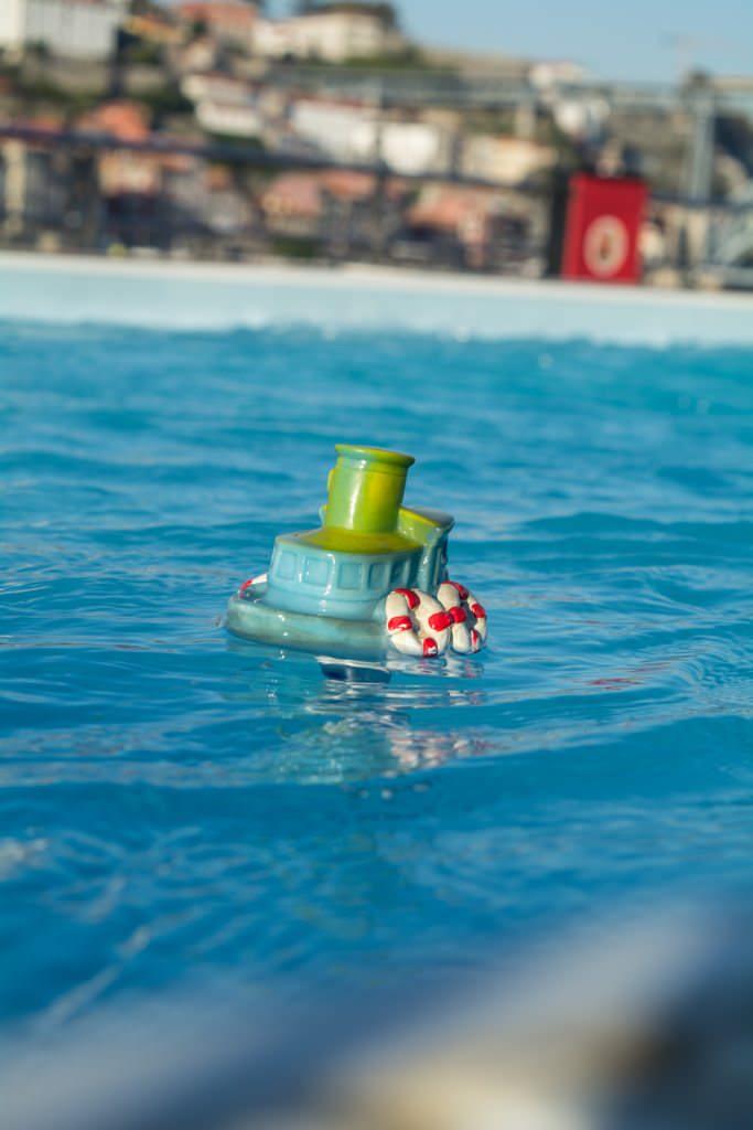 Pool Toy, anyone? Photo © 2015 Aaron Saunders