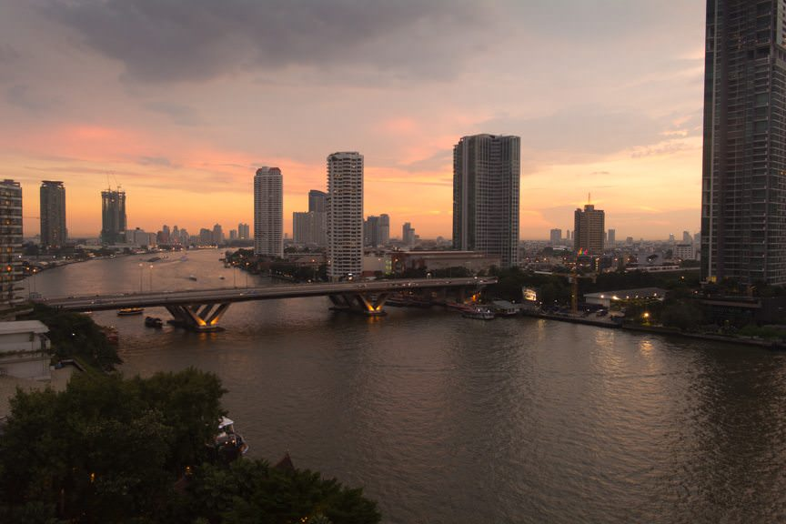 Goodnight, Bangkok. Photo © 2015 Aaron Saunders