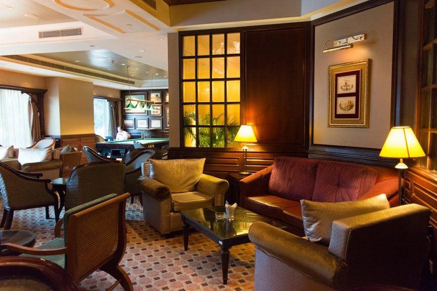 The Gallery Bar at the Sule Shangri-La. Hemingway would approve. Photo © 2015 Aaron Saunders