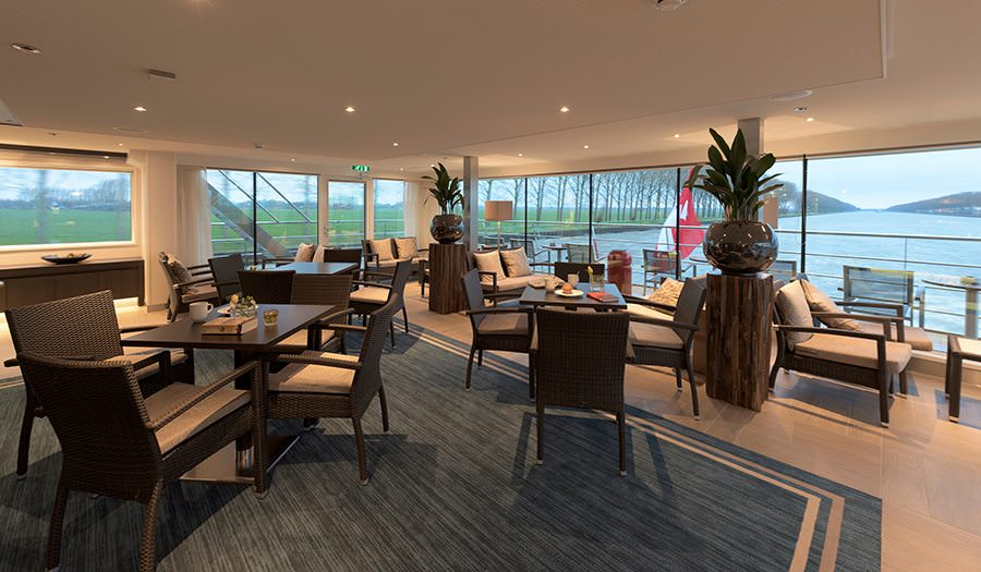 Club Lounge on the Avalon Tranquility II. Photo courtesy of Avalon Waterways.