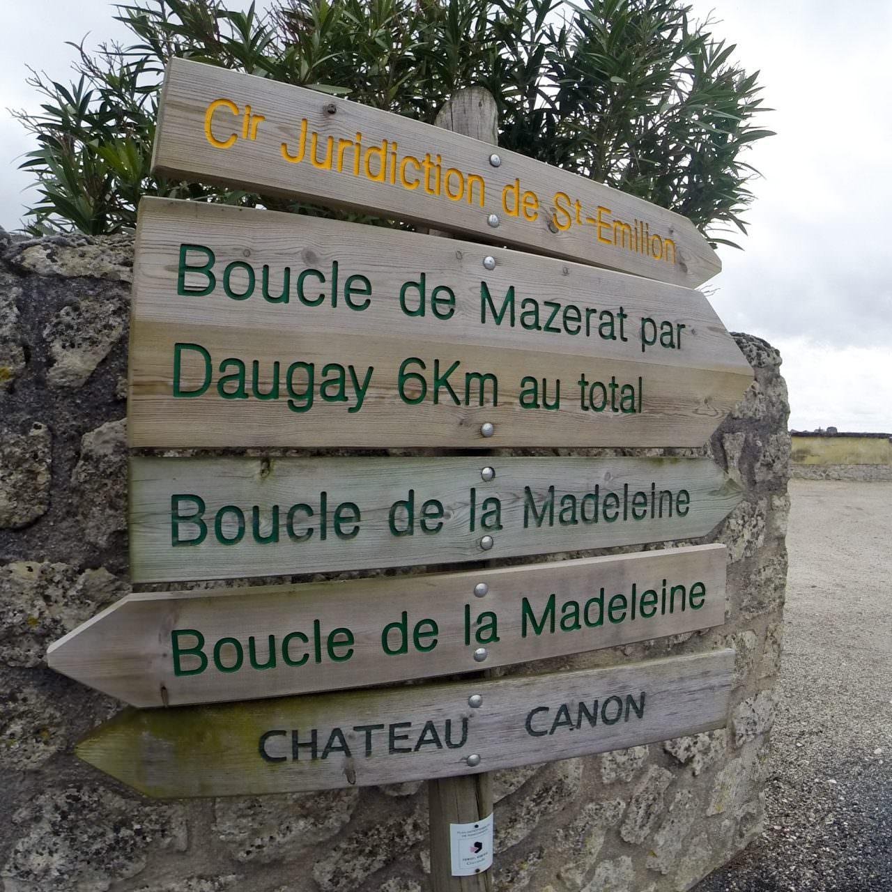 Saint-Émilion Signage