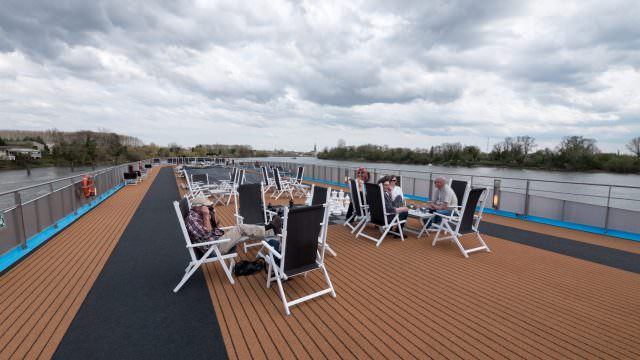 Sun deck on AmaDolce. © 2016 Ralph Grizzle