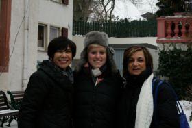 3 Girls posing